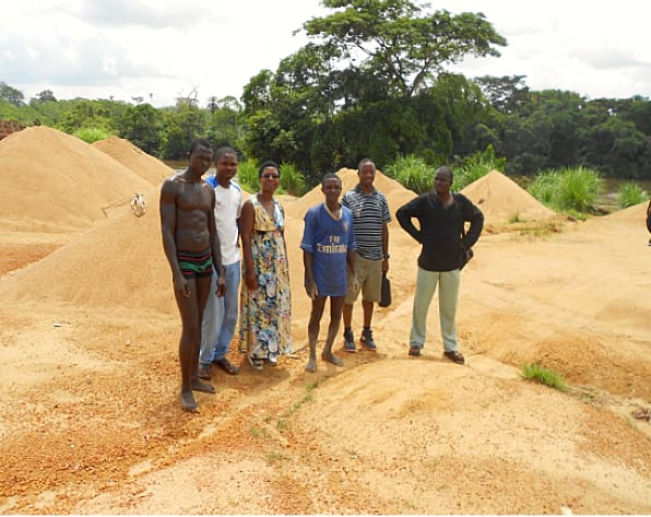 six people smiling